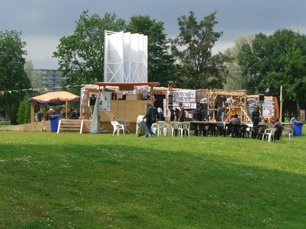 Thomas-Hirschhorn-Spinoza-Festival kopie