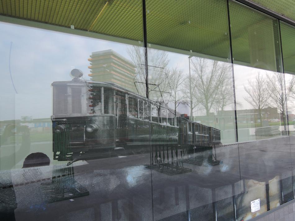 Tramplein-te-Purmerend-Merel-Noorlander-Westgevel-tram
